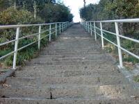 116段の石段