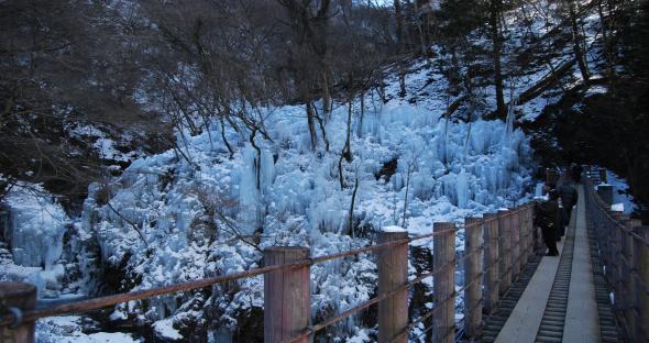 尾ノ内渓谷百景氷柱