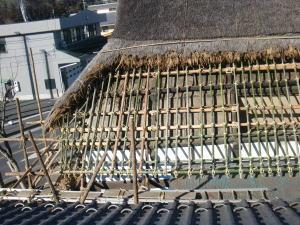 茅葺き屋根の下地
