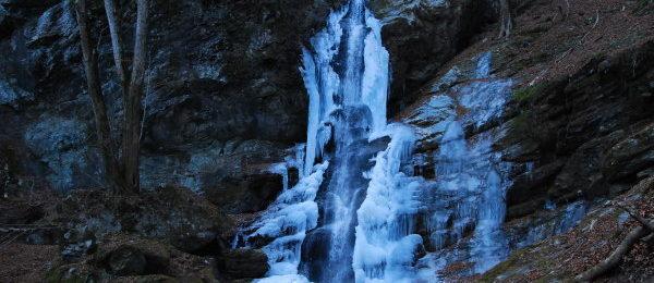 不動の滝氷瀑