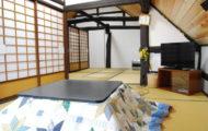2F屋根裏風の部屋