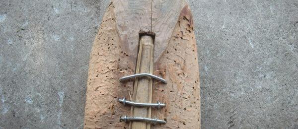 茅葺き屋根の職人の道具