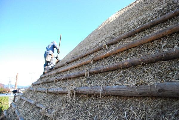 茅葺屋根 職人