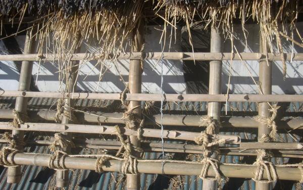 茅葺屋根の下地