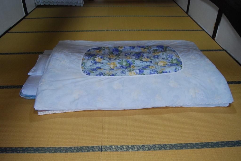 お布団の敷き方